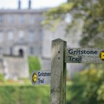 Gritstone Trail Signpost